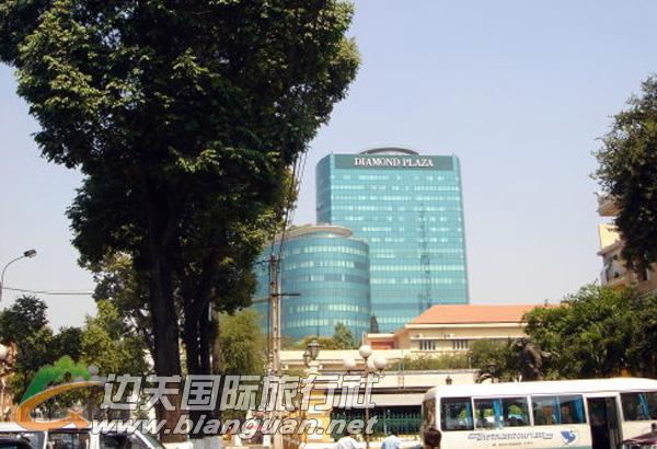 钻石广场,胡志明市钻石广场