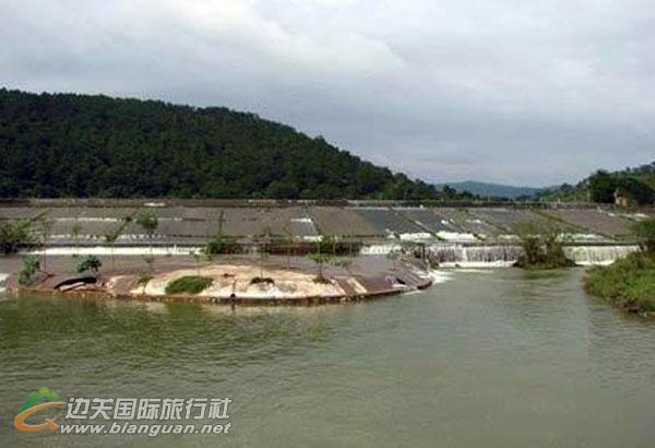 防城港上思百香湖景区