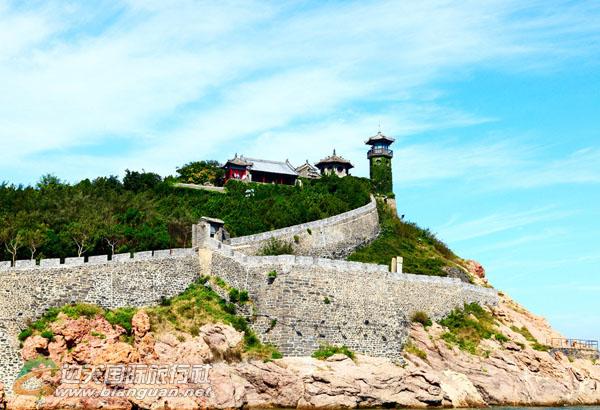 青岛、文登汤泊温泉酒店、威海、烟台、蓬莱、大连、旅顺双飞6日游