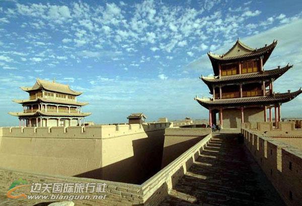 西安、嘉峪关、敦煌、吐鲁番、新疆天池双飞双卧7日游