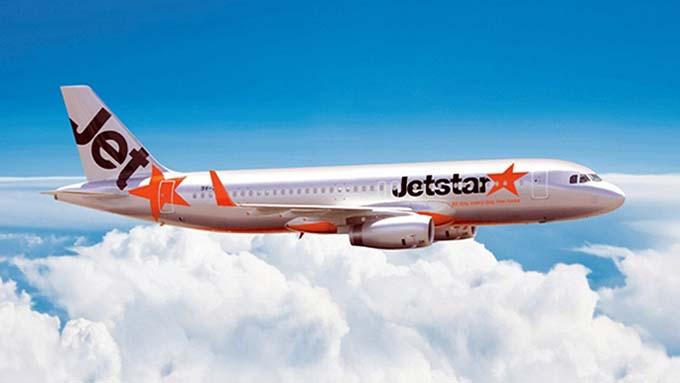 捷星太平洋航空公司(Jetstar Pacific以下简称捷星)7月20日对外公布,正式出售越南广平至泰国清迈新航线的机票。  据此,捷星成为开通拥有举世闻名洞穴的越南广平省至泰国北部地区经济旅游中心的清迈市直达航线的越南第一家航空公司。 捷星代表称,开通上述航线是捷星与广平省的旅游推介与发展合作计划中的活动之一,其目的是推动旅游业发展并加强越泰两国经济合作。越南广平至泰国清迈直达航线的首架航班拟于8月11日起飞,每周分别于周一二执飞的两个班次,全程飞行时间1小时40分。执飞机型为空中客车A320,全